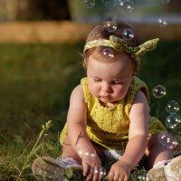 Мира и мыльные пузыри :: Ольга Князева