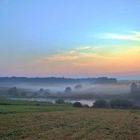 утро.туман.кончается лето... :: юрий иванов