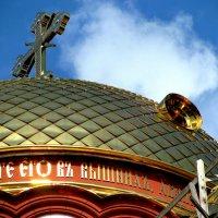 Реконструкция Храма Новоафонского монастыря. Купол :: Валерия  Полещикова