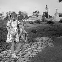 Братик и сестричка :: Николай Белавин