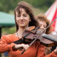 соло  на скрипке))) фолк-группа Spiritual Seasons на фестивале Железный Град :: Анна Семенова