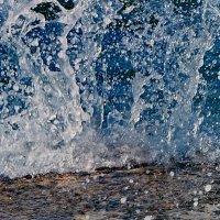 Волна и камень! :: Наталья