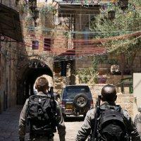 Ни улице старого Иерусалима :: Valeria Ashhab
