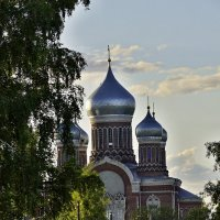 У каждого своя дорога к храму... :: Сергей Жданов