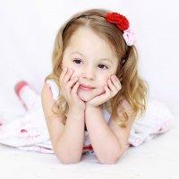 Прекрасные детские глаза :: Надежда Хлыстова