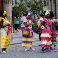 Куба. Яркие женщины :: Gal` ka