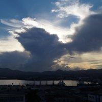 Сантьяго-де-Куба. Целующиеся облака :: Gal` ka