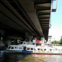Под   мостом :: Мила