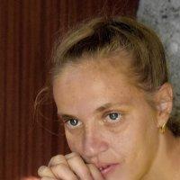 Деревенская девушка :: A. SMIRNOV