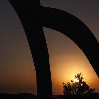 Уплывающее солнце :: Alla