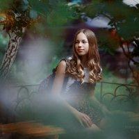 Ксения на прогулке :: Вероника Саркисян