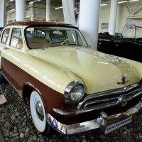 ГАЗ-М-21 «Волга» – всенародно любимый автомобиль. :: Александр