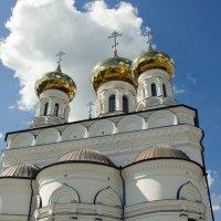 Церковь в Твери :: Владимир Левый