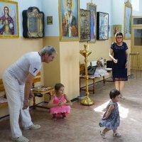 в церкви с детьми :: Наталия Сарана