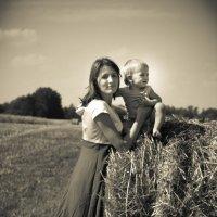На поле :: Лариса Тарасова