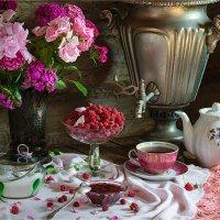 Розовое чаепитие :: Ирина Лепнёва