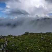 На перевале Багаташ :: Sergey Miroshnichenko
