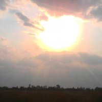 Среди неба между туч звёздный шар и он могуч :: Виктор Мухин