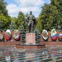 Памятник :: Владимир Иванов