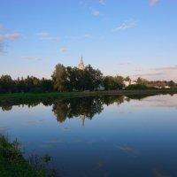 Территория Храма Смоленской иконы Божией Матери :: Никита Тихонов