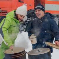 Заходите к нам, на огонёк! :: Дмитрий Сиялов