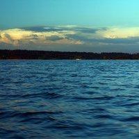 Закатное небо на Волге. :: Оксана Сафонова