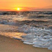 море шумит.. :: Клара