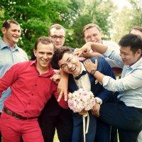 Жених с друзьями :: Владимир Будков