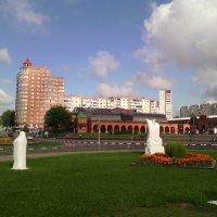 Подмосковный город Дзержинский в августе. :: Ольга Кривых