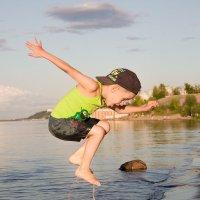 Летом на реке :: mtv