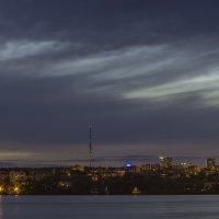 Хмурое небо на закате дня. Ижевск – город в котором я живу! :: Владимир Максимов
