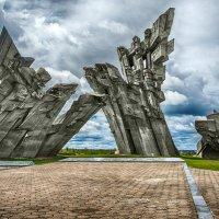 Мемориал к жертвам нацизма. Каунас. Литва. :: Александр Афромеев