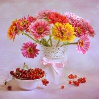 Цветочно-ягодный :: Evgeniy Belkov