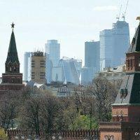 ритмы города,тени будущего :: Олег Лукьянов