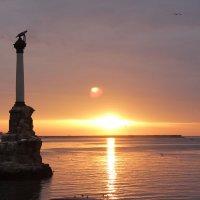 Памятник погибшим кораблям :: Yaroslav Color Цветков