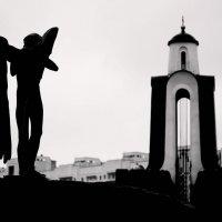 Будьте осторожны, кому вы доверяете... дьявол был некогда ангелом. :: Юленька Шуховцева*
