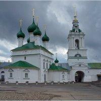Кострома.Церковь. :: Олег Савицкий