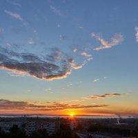 восход,второй день осени :: Николай Мальцев