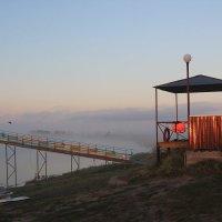 Туманное утро на озере Горькое. :: Олег Афанасьевич Сергеев