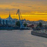 Вид на крейсер Аврора после ремонта :: Борис Гольдберг