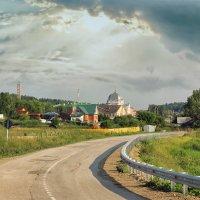 Дорога через деревню :: Дмитрий Конев