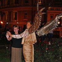 дежурный ангел нам явился ночью... :: Александр Корчемный