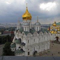 Вид с колокольни Ивана Великого :: татьяна петракова