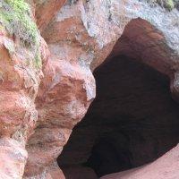 Карстовая пещера :: Маера Урусова