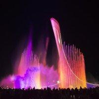 Ночное шоу фонтанов  (Олимпийский Парк Адлер-Сочи) :: Виктор Филиппов