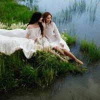 Девушки.Озеро.Закат :: Мария Шахматова (Фокина)