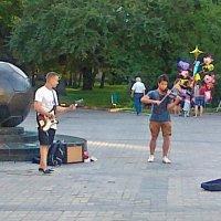 Про музыкантов, а может быть про мяч... :: Александр Резуненко
