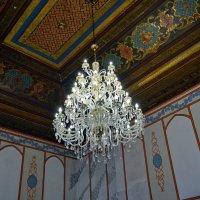 Люстра ханского дворца. Бахчисарай. :: Ольга Голубева