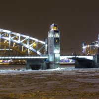 Большеохтинский мост :: Алексей