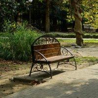 Осенний парк :: Юрий Бичеров